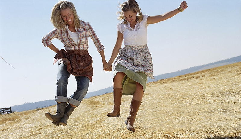 Discount Cowboy Boots Women - Two girls Happy about their Cowgirl Boots