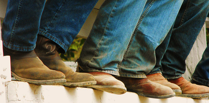 Wearing Distressed Cowboy Boots / Vintage Cowboy Boots For Men